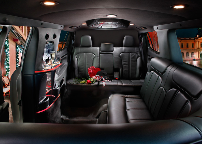 MKT 6 passenger stretch limo interior